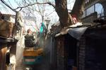 东城区整治背街小巷拆除违建82处