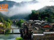 2017年江西44个特色小镇实施建设产业项目143个