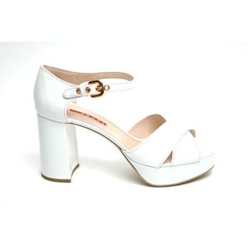 女士夏季新款露趾凉鞋