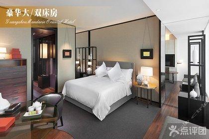 酒店卧室睡觉图片