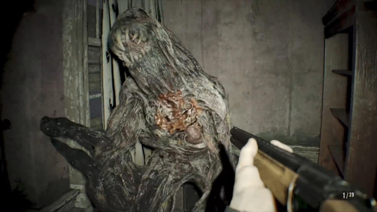 生化危机7深度评测:恐怖游戏里最可怕的却不是怪物 (24).jpg