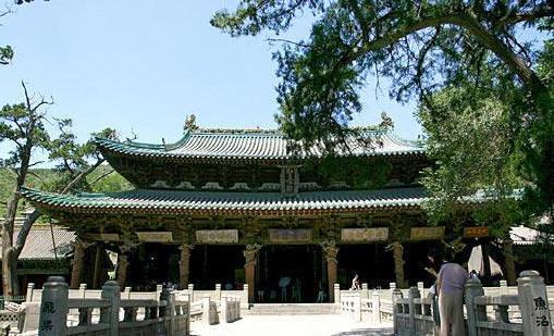 殿堂梁架是中国现存古代建筑中惟一符合《营造法式》殿堂式构架形式的