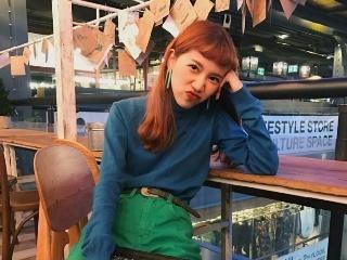 泰国美少女,笑容超级有亲和力…