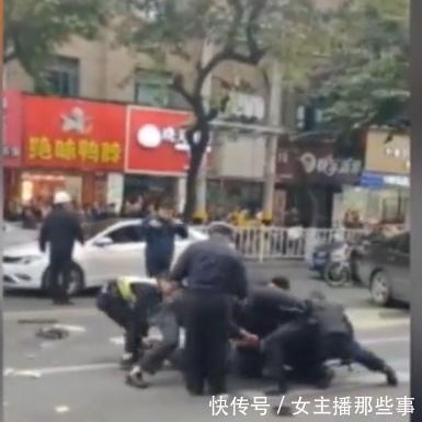 福建龙岩公交车被劫持,致5人死21伤,网友愤怒了!