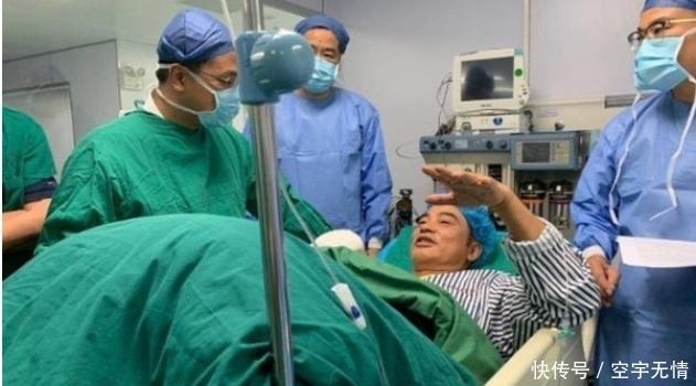 任达华进加护病房,不排除二度手术!深夜返港手指伤较严重