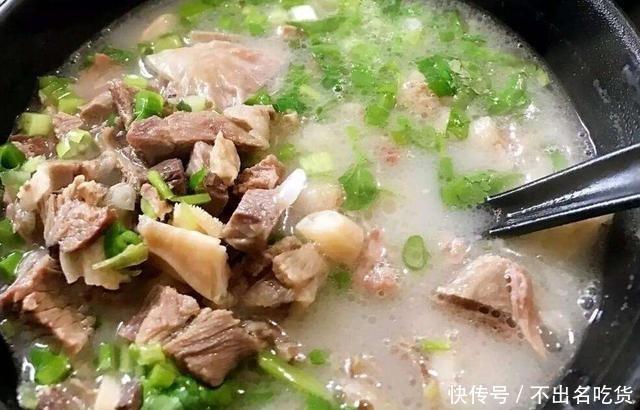 羊肉想要去膻味,尝试这样做,炖出来的汤更鲜美