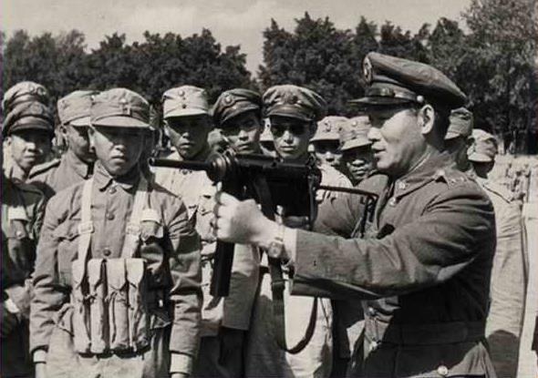 抗日战争第二名将,被蒋介石误囚33年,临终前六个字总结一生 - 挥斥方遒 - 挥斥方遒的博客