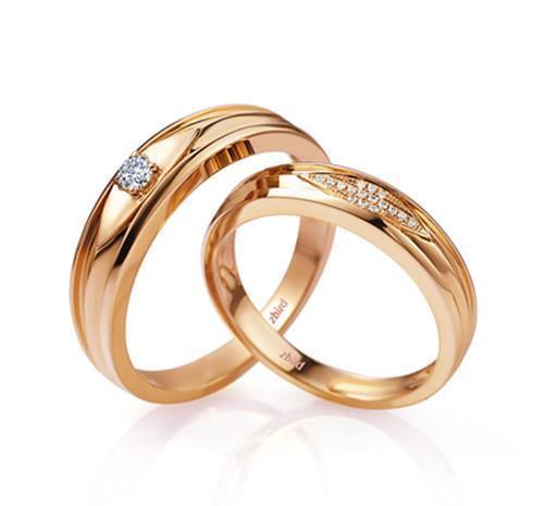<b>铂金戒指一般多少钱铂金戒指要怎样保养</b>