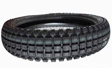 高性能低成本摩托车外胎胎面胶制备方法