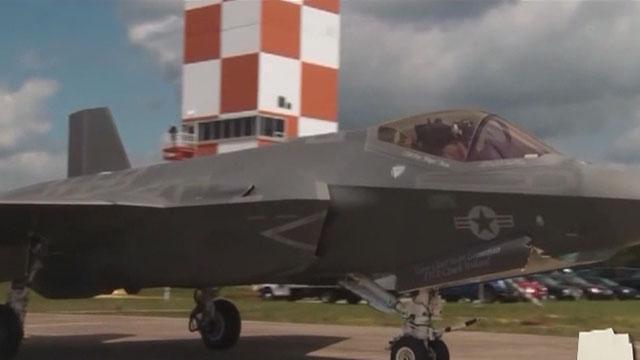 《军情解码》20150730 F35战机 逼近中国