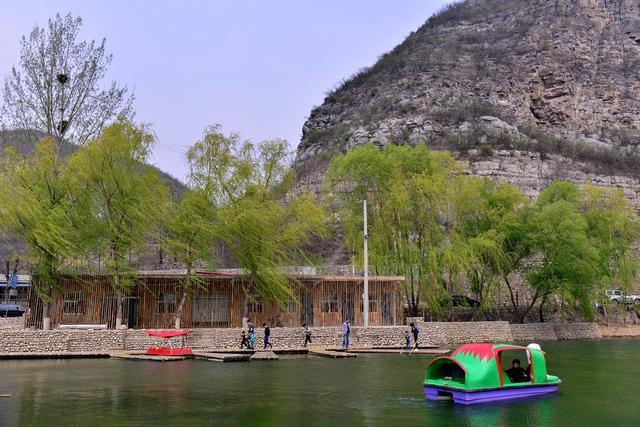 风景区于庄段,于庄村隶属于博爱县许良镇,凭借这里的明山秀水,焦作市
