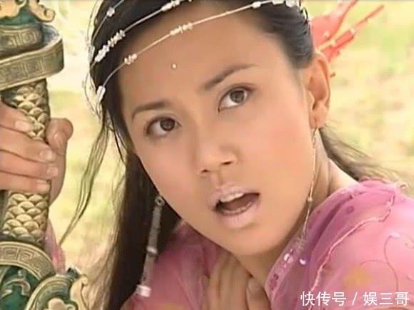 46岁郭妃丽近照,曾是最美牡丹仙子,也是最美殷