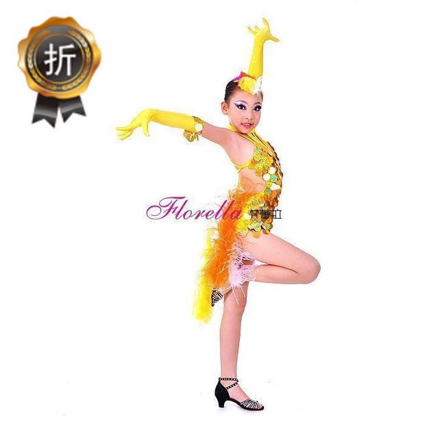 拉丁舞小孩的妆容图片_拉丁舞舞台妆眼妆图片图片