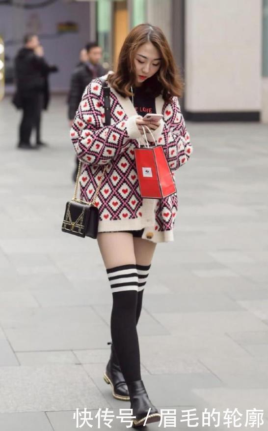路人街拍,迷人性感的美女,修长双腿丰满迷人的女神