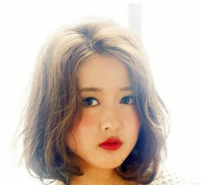 女生塑造的波波头剃刀圆脸完美适合发型轻松边缘短发发型老林图片