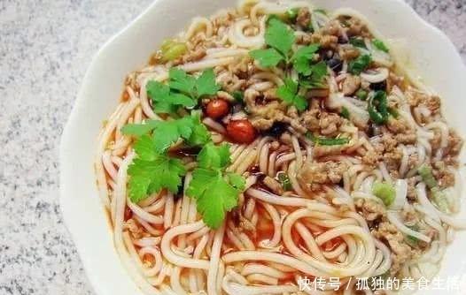 麻辣肉末米线这样做营养美味,常吃不胖,当下年轻人的首选美食