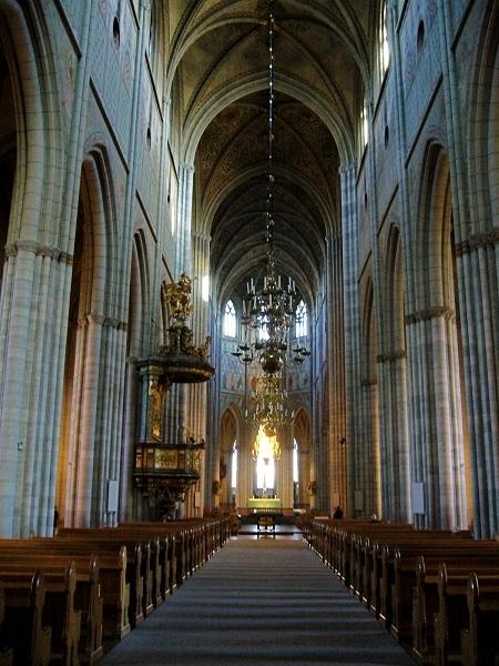 教堂内部图片