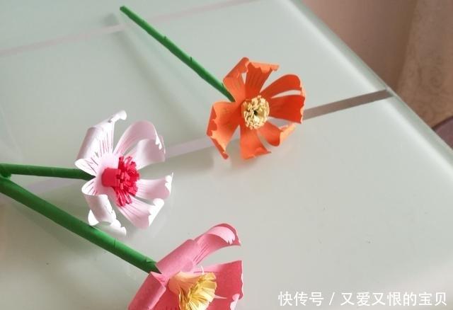 幼儿园手工,简单好做的小手工--用卡纸做一枝小