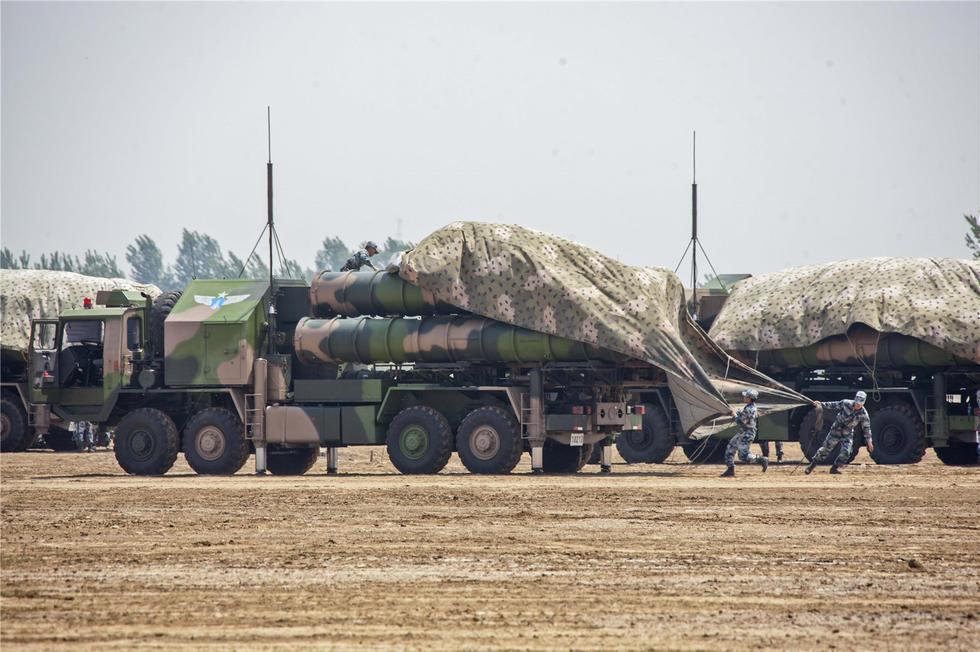 解放军红旗9防空导弹:实弹装填画面曝光 - 一统江山 - 一统江山的博客
