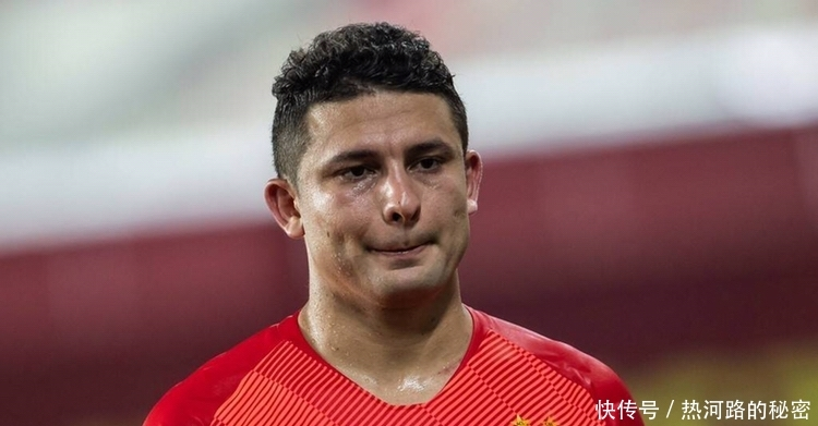 这对国家足球队来说是一个强有力的加强,但是艾克森在广州恒大和鹿岛图片