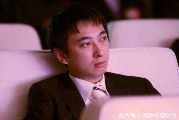 王思聪晒出新座驾,两款豪车价值上亿,背后豪宅才是最大的亮点