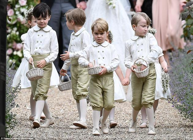 (文摘)凯特王妃妹妹大婚 婚纱优雅复古 - aihua191 -    aihua191的 博 客