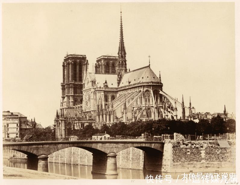巴黎圣母院被烧,圆明园有多少文物留在法国一场大火提醒了国人