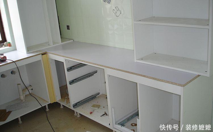厨房橱柜你可记得要这样安装,住久才知有多实用,懊悔现在才发现