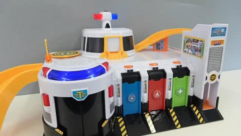小公交车太友全集:豪华指挥部玩具组装 小公交车太友玩具 玩具车