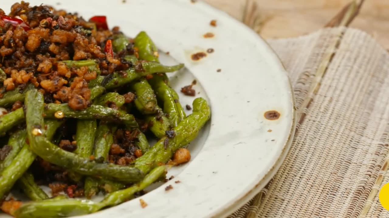 美食推荐:下饭配酒的干煸四季豆,简单又好吃,快去试着做吧