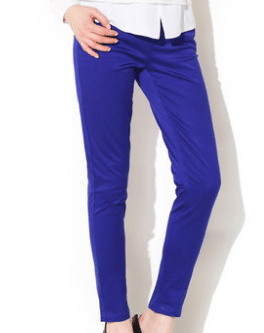 深蓝色裤子应该搭配什么颜色的上衣和外套