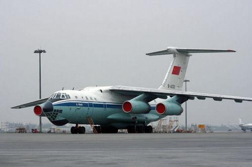 中国空军的伊尔-76运输机