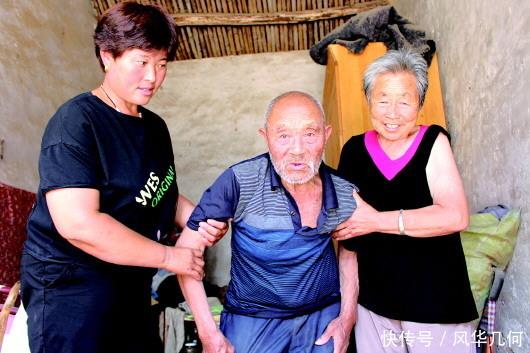 八旬老人尽孝百岁叔公菏泽退休教师照顾叔公已30年