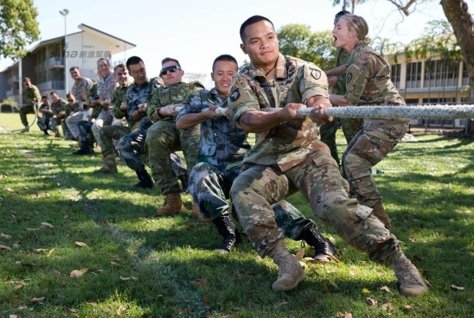 中美澳三军举行野外联合训练