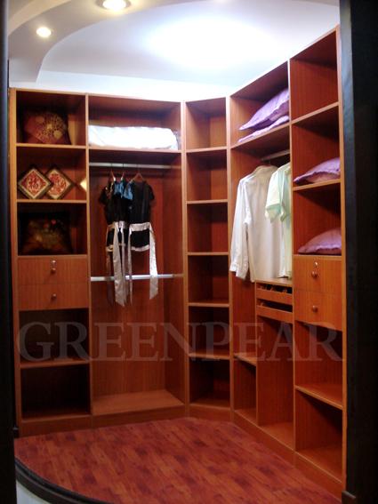 选材红樱桃木所做的家具