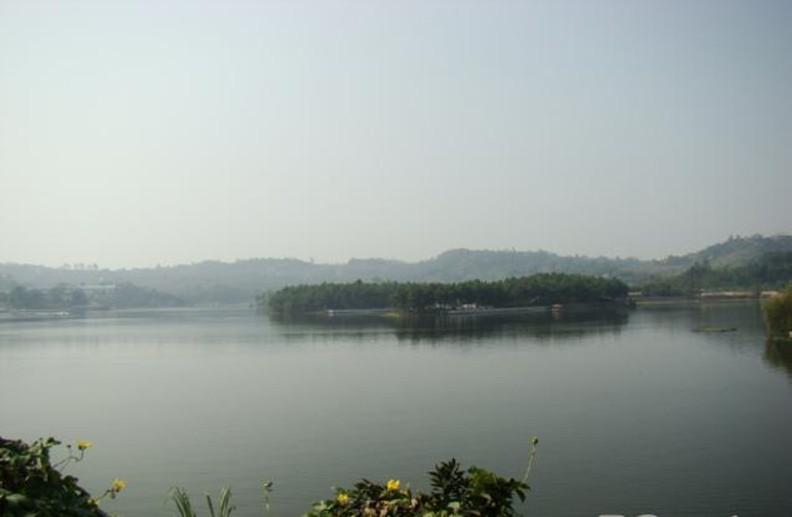 泸州玉龙湖风景区_特色景点