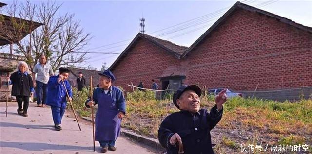"""中国""""唯一""""的矮人村,村民平均身高不足1米,至今成因无法解释"""