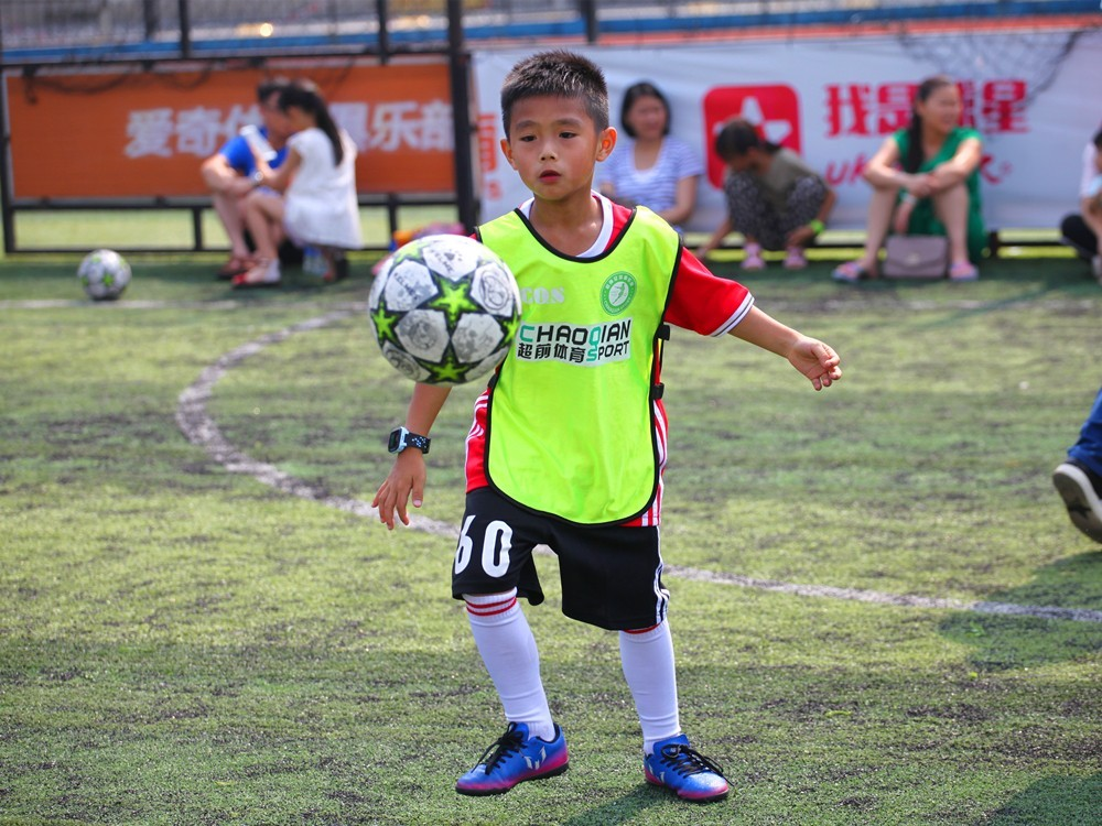 骨龄的秘密:它对青少年足球的意义远不止鉴定年龄这么简单