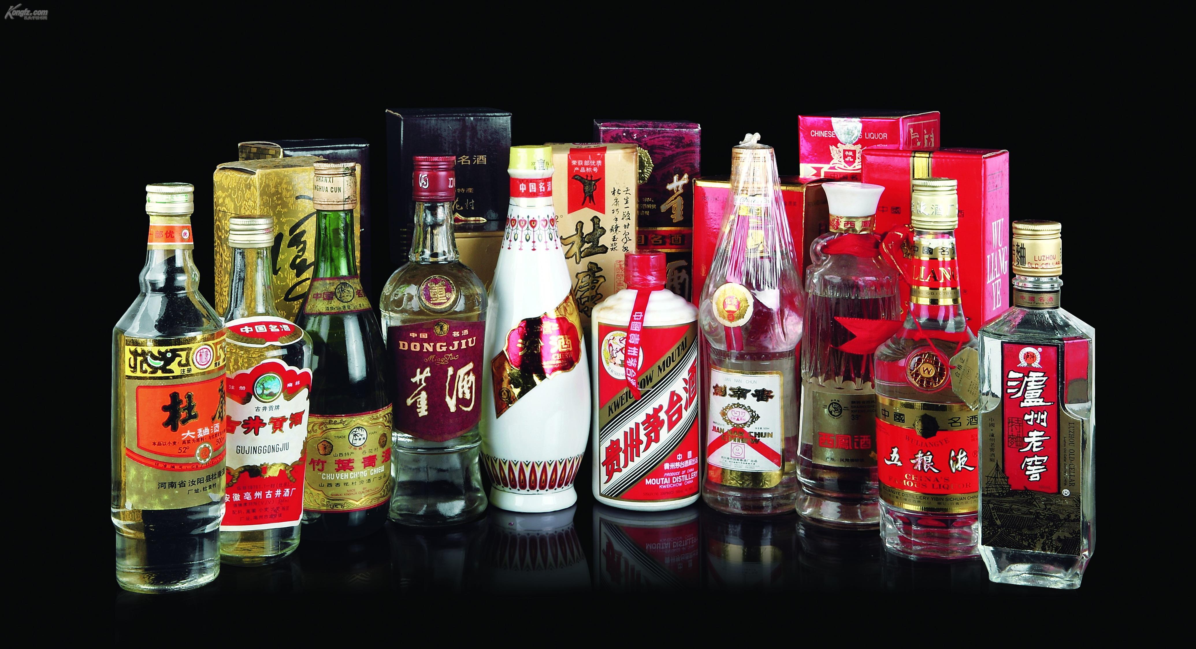 中国十大名酒_十大名酒分别为:贵州茅台,五粮液,洋河大曲,泸州老窖 ,汾酒 ,郎酒
