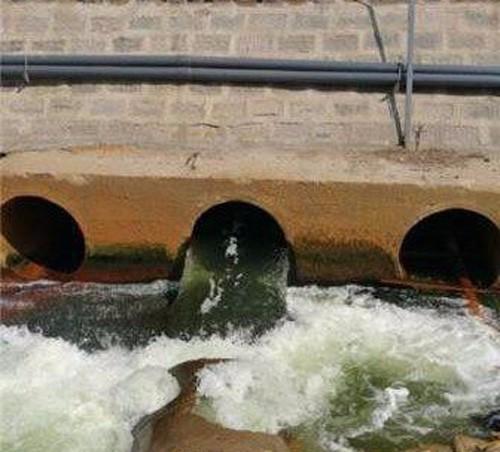 从每一条河流的保护出发,中国需要更清澈,更干净的河流.