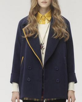 藏青色长款毛衣外套配什么颜色打底衫好看