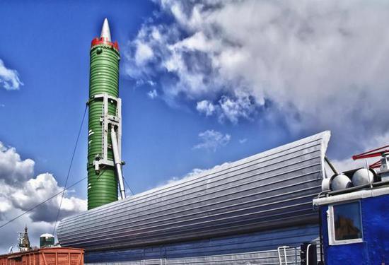 中国导弹列车装十枚核导弹:齐射可毁灭一国 - 一统江山 - 一统江山的博客