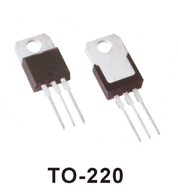 1、直流参数 (1)集电极一基极反向饱和电流Icbo,发射极开路(Ie=0)时,基极和集电极之间加上规定的反向电压Vcb时的集电极反向电流,它只与温度有关,在一定温度下是个常数,所以称为集电极一基极的反向饱和电流。良好的三极管,Icbo很小,小功率锗管的Icbo约为1~10微安,大功率锗管的Icbo可达数毫安,而硅管的Icbo则非常小,是毫微安级。 (2)集电极一发射极反向电流Iceo(穿透电流)基极开路(Ib=0)时,集电极和发射极之间加上规定反向电压Vce时的集电极电流。Iceo大约是Icbo的倍即I