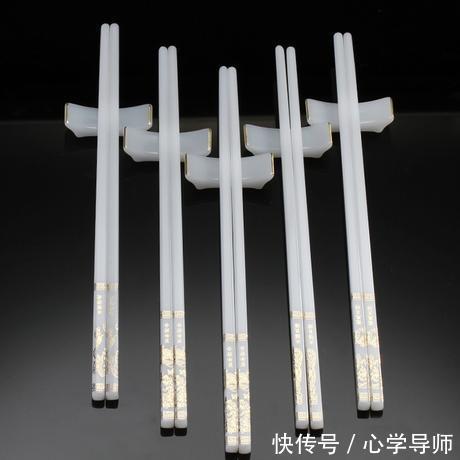 视频,竟然情趣这个祸国殃民的狐狸精写真的白丝是由筷子发明吊带图片