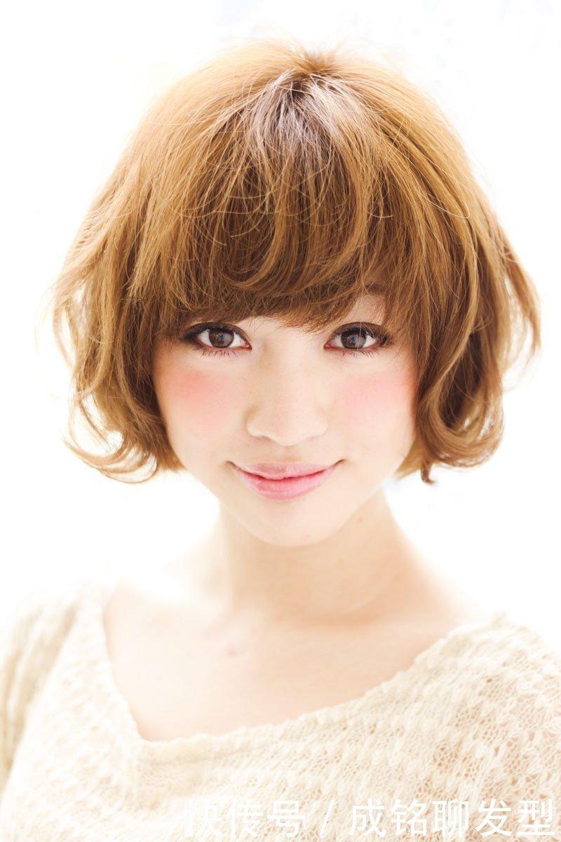 30岁圆脸的女生适合短发发型吗?为什么?有好看的短发推荐吗?
