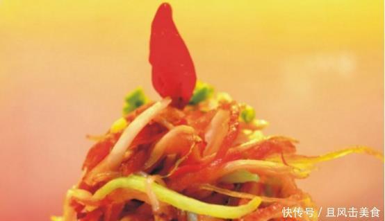 分享几道越吃越香的大厨家常菜:培根炒三丝、清炖排骨、金枪鱼菠