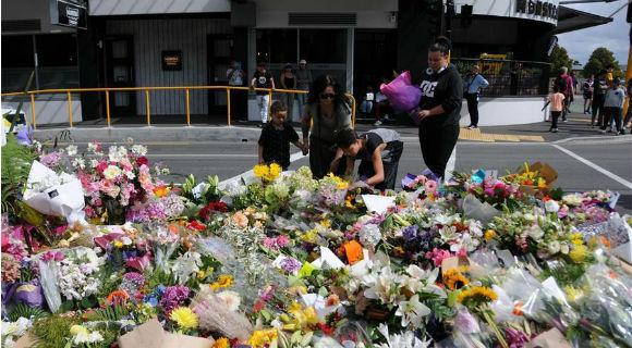 克赖斯特彻奇:悼念遇难者