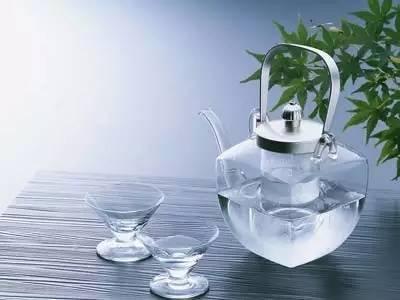 惊讶!开水的保质期,99的人都不知道?! - 周公乐 - xinhua8848 的博客
