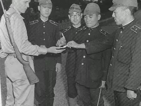"""日本战败后:放下武器的700万""""皇军""""干啥去了 - 一统江山 - 一统江山的博客"""