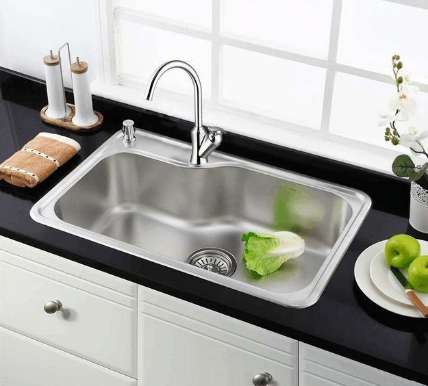 厨房洗菜盆究竟选大单盆还是双盆?看完同事家的厨房终于明白了!